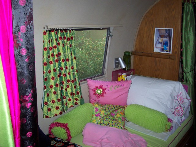 After #4-Marie's pillows and curtains